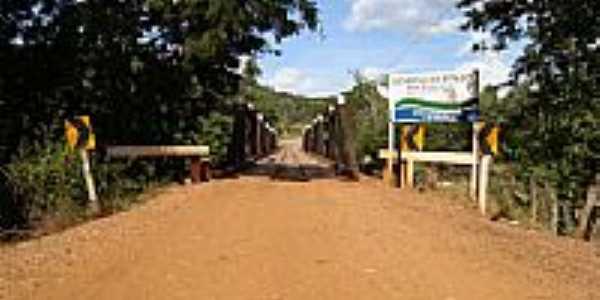 Estrada Parque em Piraputanga-MS-Foto:augusto moralles