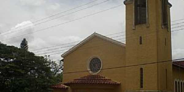 Igreja São José - Ponta Porã - MS -  por Paulo Yuji Takarada