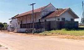 Ribas do Rio Pardo - Antiga Estação foto robsontrevisan