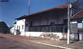Ribas do Rio Pardo - A Esta��o em 2001