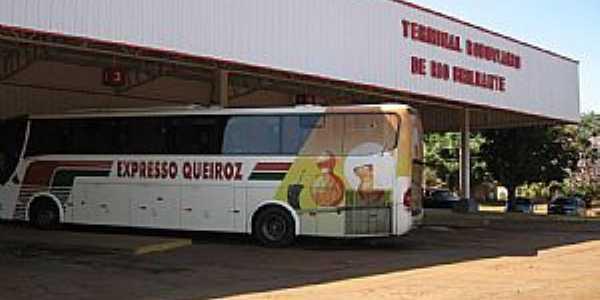 Terminal Rodoviário de Rio Brilhante - MS por resedagboken