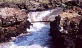 Rochedo - Cachoeira