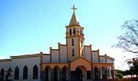 São Gabriel do Oeste - Igreja Matriz de São Gabriel de Arcanjo Foto Vicente A. Queiroz