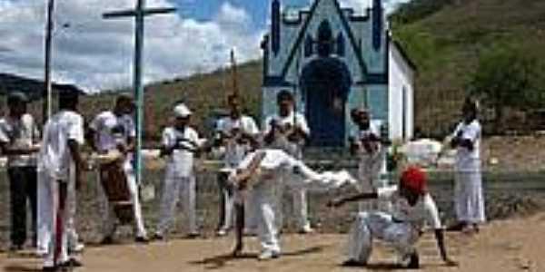 Capoeira em frente da Igreja de Boaçu-BA-Foto:zeniltonmeira.