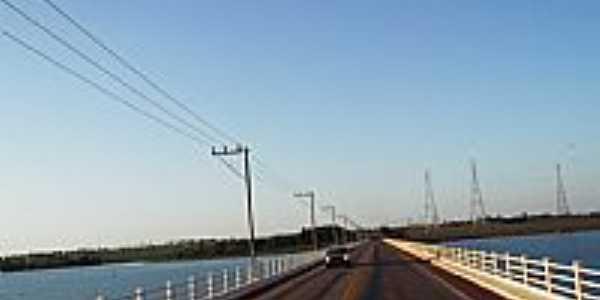 Selvíria-MS-Ponte sobre o Rio Pântano-Foto:Odilon Carlos.