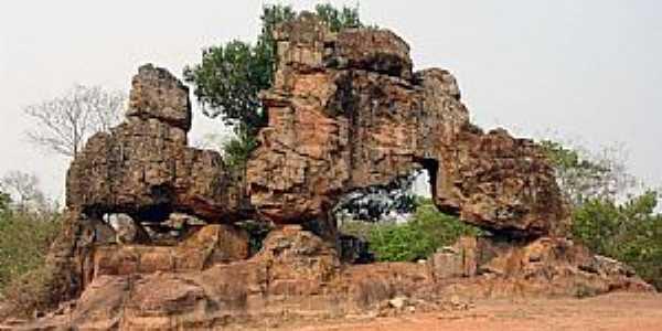 Sonora-MS-Formações Rochosas-Foto:Jefferson França