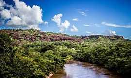 Alcantilado - Alcantilado-MT-Rio Garças-Foto:Rodolfo Roca