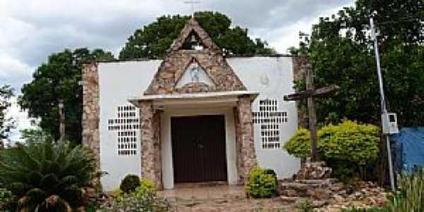 Alcantilado-MT-Igreja Matriz-Foto:Minoru Onoe