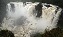 Alto Araguaia - Alto Araguaia-MT-Cachoeira Couto Magalhães-Foto:camaraaltoaraguaia.mt.