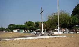 Alto Coité - Alto Coité-MT-Cruzeiro na Praça da Matriz-Foto:Leandro Luciano