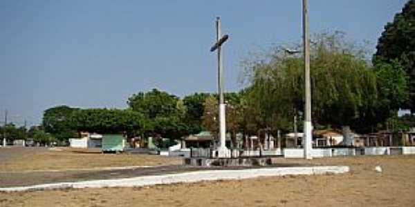 Alto Coité-MT-Cruzeiro na Praça da Matriz-Foto:Leandro Luciano