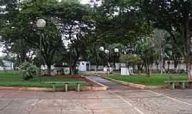Alto Garças - Alto Garças-MT-Praça Dom Camilo Faresin-Foto:Danilo Ribeiro