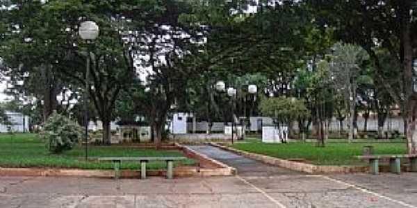 Alto Garças-MT-Praça Dom Camilo Faresin-Foto:Danilo Ribeiro