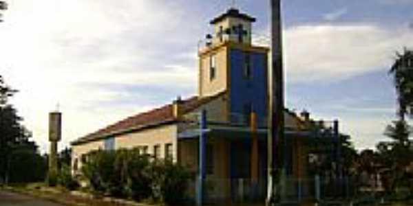 Igreja Matriz N.Sra.da Piedade em Araguaiana-Foto:Eduardo Gomes de Andrade