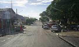 Araputanga - Araputanga-MT-Praça e Rua central