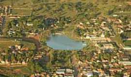 Araputanga - Araputanga-MT-Vista aérea do Lago e a cidade