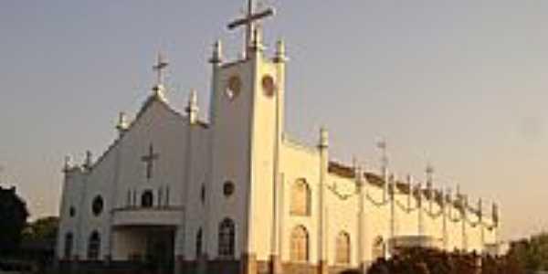Igreja Matriz de São José Operário em Brasnorte-Foto:Eduardo Gomes de Andrade