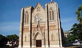 Cáceres - Catedral de São Luís de França-Foto:Vicente A. Queiroz
