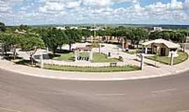 Campo Verde - Campo Verde-MT-Praça 4 de Julho-Foto:@xexeu