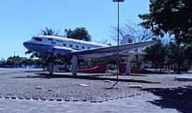 Canarana - Praça do Avião em Canarana-Foto:jj.barba