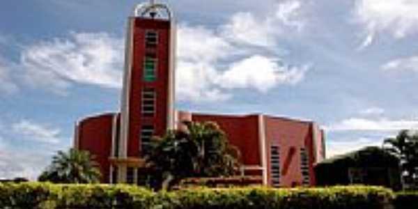 Igreja Matriz de N.Sra.da Glória em Claudia-Foto:Eduardo Gomes de Andrade