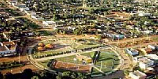 Vista aérea da Praça dos Migrantes-Foto:João Batista da Rádi…