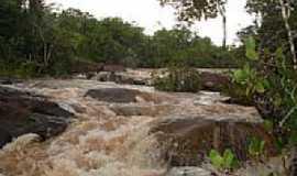 Diamantino - Cachoeira em Diamantino-Foto:haydencampos