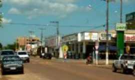 Guarantã do Norte - Comércios rua da praça..., Por João Neto