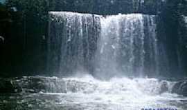 Juscimeira - Cachoeira do Prata em Juscimeira-Foto:vitaohugao