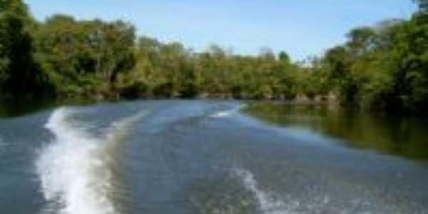 Rio Manitsua desagua no Xingu, Por Elizabeth de Rossi Scarpin