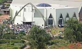 Nova Ubiratã - Igreja Católica em Nova Ubiratã-Foto:elenor esser