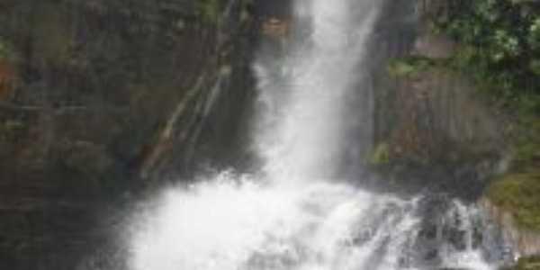 Cachoeira da Usina Salto Belo - Local de Banho , Por LUcas Ferreira da Silva