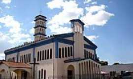 Paranatinga - Catedral de S.Francisco Xavier foto Vicente A. Queiroz