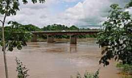 Pontal do Araguaia - Ponte em Pontal do Araguaia-Foto:Leandro A lluciano