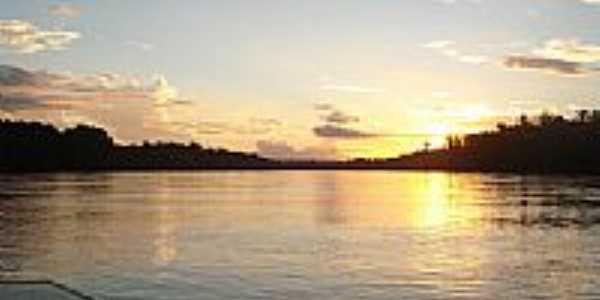 Pôr do Sol em Pontal do Araguaia-Foto:josefleury