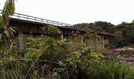 Ponte Branca - Ponte Branca-MT-Ponte sobre o Rio Araguaia-Foto:Rafael José Rorato