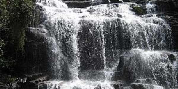 Ponte Branca-MT-Cachoeira no Córrego do Arame-Foto:rafaelnogueira81