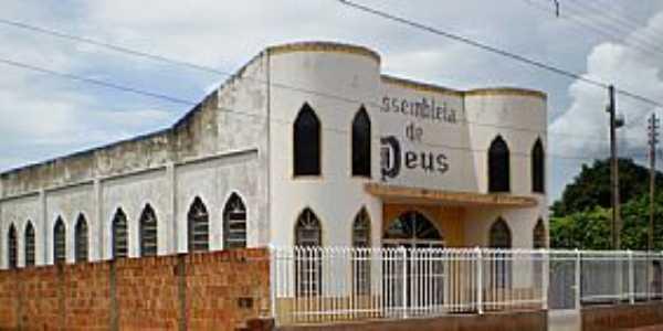 Pontes e Lacerda-MT-Igreja da Assembl�ia de Deus no Bairro S�o Jos�-Foto:Mauricio M. dos Anjos