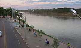 Rondon�polis - Cais de Rondon�polis-Foto:Leandro A lluciano