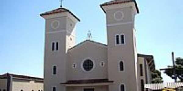 Igreja Matriz de N. Sra. do Rosário e S. Benedito foto Vicente A. Queiroz