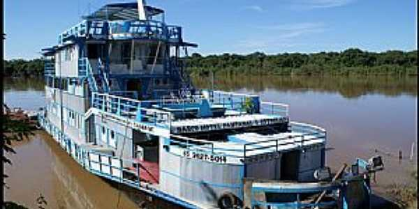 Santo Antônio do Leverger-MT-Barco Hotel Pantanal aportado no Rio Cuiabá-Foto:Nélio Oliveira