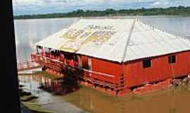 São Félix do Araguaia - Restaurante Flutuante em São Félix do Araguaia-MT-Foto:Ludmila_Miranda