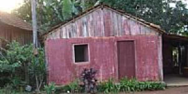 Uma casa no Birro-São José do Planalto-Foto:Leandro A lluciano