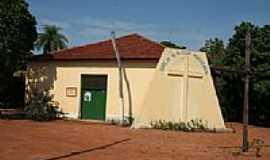Serra Nova Dourada - Igreja Matriz N.Sra.dos Posseiros em Serra Nova Dourada-Foto:Eduardo Gomes de Andrade