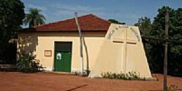 Igreja Matriz N.Sra.dos Posseiros em Serra Nova Dourada-Foto:Eduardo Gomes de Andrade