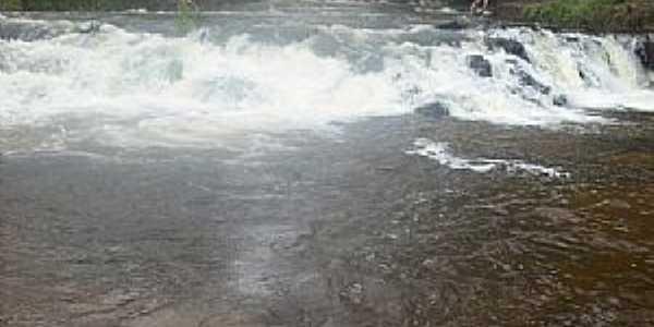 Tabaporã-MT-Cachoeira-Foto:jonas rodrigues dos santos