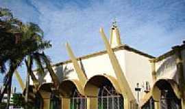 Tangar� da Serra - Igreja Matriz de N.S. Aparecida foto Vicente A. Queiroz