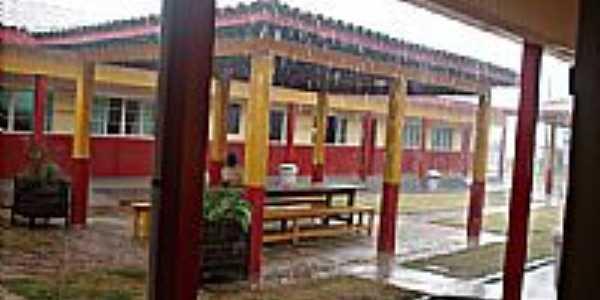 Escola Estadual Ivaldino Francio-Foto:Gil Alves