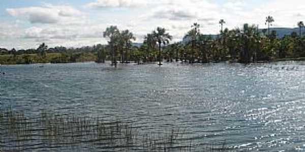 Vale dos Sonhos-MT-Lagoa próxima do local-Foto:http://en.advisor.travel