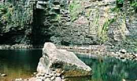 Vila Bela da Sant�ssima Trindade - Cachoeira dos Namorados foto por Eduardo A Carvalho